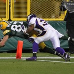 Jordy Nelson scores against the Minnesota Vikings