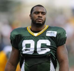 Packers DE Mike Neal
