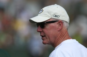 Instead of bringing outside free agents, Ted Thompson has opted to reward loyalty and sign players to stay in Green Bay.